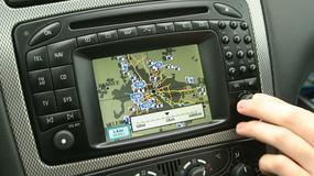 Jak zaktualizować fabryczną nawigację?