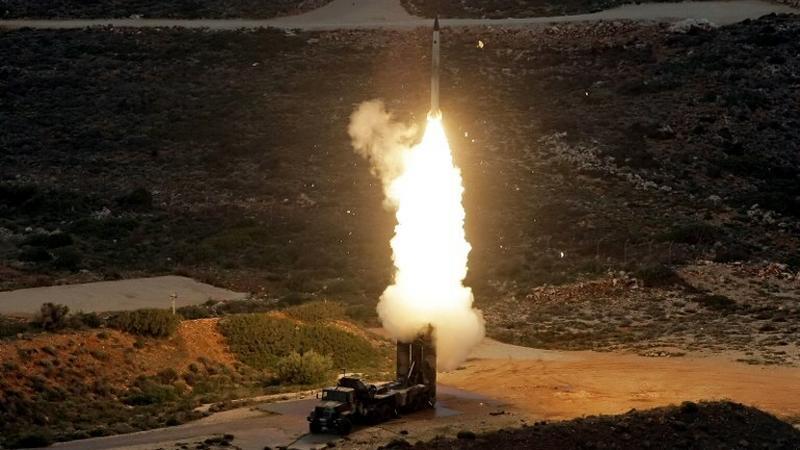 Rússia oferece ao Irã novo sistema de mísseis antiaéreos Antey-2500