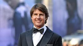 Tom Cruise ma dziewczynę, która wygląda jak kopia Katie Holmes!