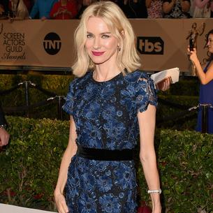 Best Look: Naomi Watts w sukni Burberry Prorsum