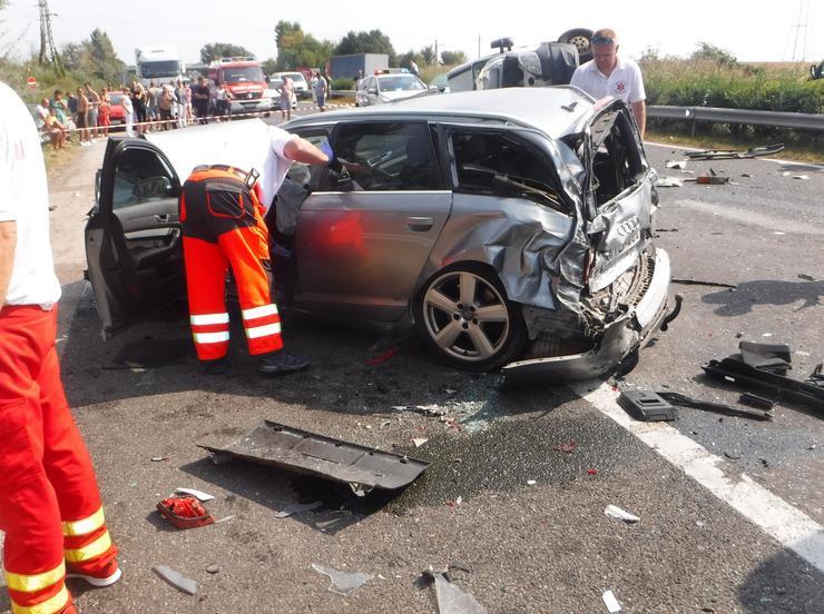 A járművek brutálisan összeroncsolódtak /Fotó: Siófoki HTP