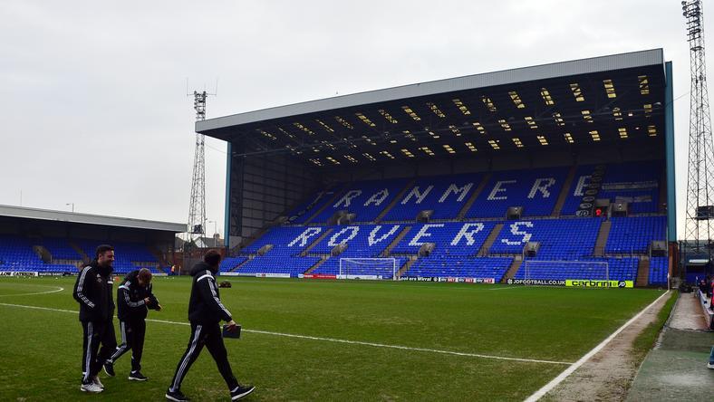 A Tranmere Rovers otthonában sem láttak még ilyen szabadrúgást / Fotó: AFP