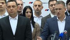 SNS UZVRAĆA OPOZICIJI Ujedinila vas je mržnja prema Vučiću i želja da Srbija postane Ukrajina ili Makedonija
