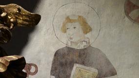 Odnowiono gotyckie malowidło św. Wawrzyńca w najstarszym kościele w Olsztynie