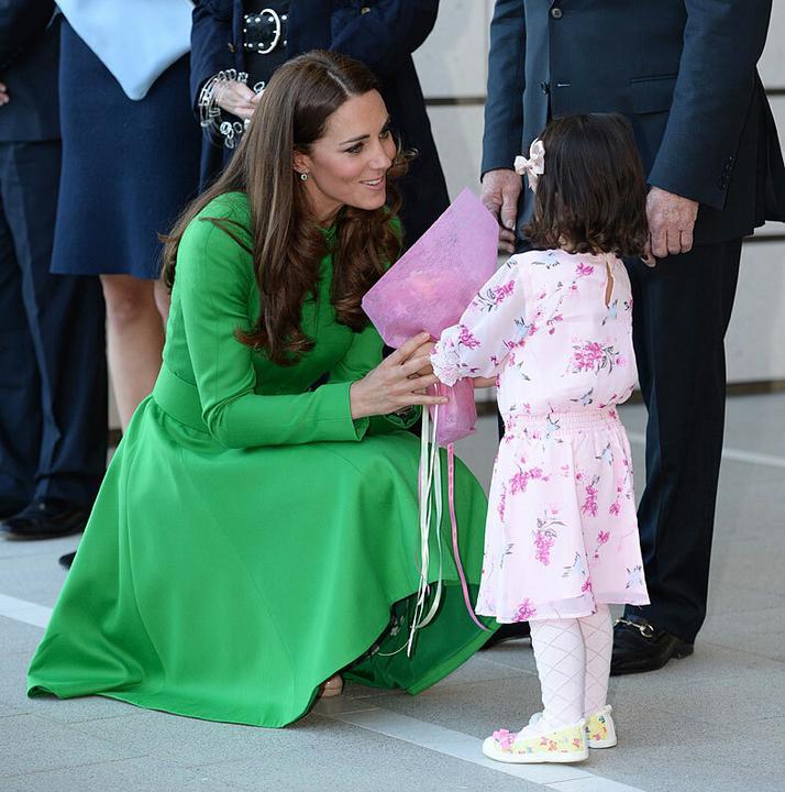 Katalin hercegné is hatalmas szeretettel bánik velük