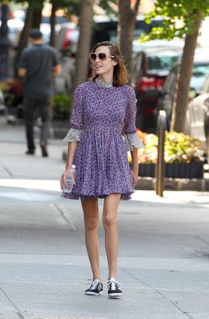 Best Look: Alexa Chung w kwiecistej sukience Topshop