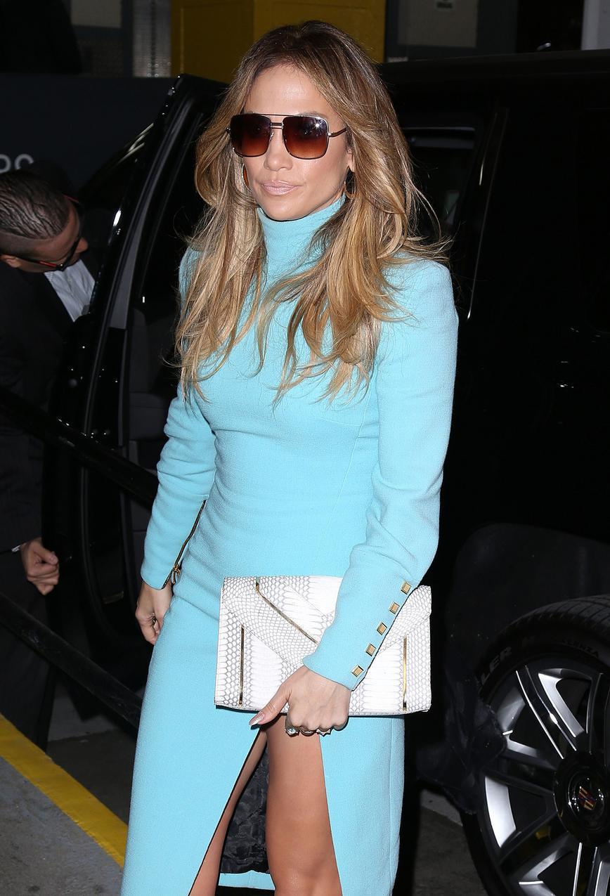 Jennifer Lopez w sukience Emanuel Ungaro