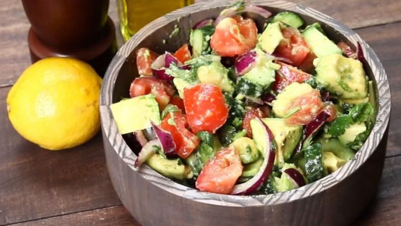 Egy könnyű, de finom recept, amelyet pár perc alatt elkészíthetünk! /Fotó: YouTube