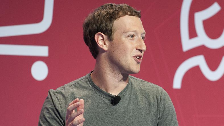 Zuckerberg olvasásra buzdít /Fotó: Northfoto