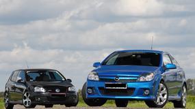 Niewielkie zabawki dla... dużych chłopców: Opel Astra OPC kontra VW Golf GTI