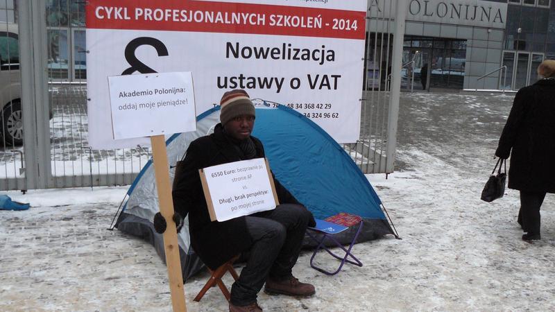 Protestujący student