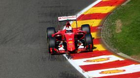 Top 10: Bolid Ferrari - pełnokrwista prędkość i technologia kosmiczna!