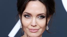 Złote Globy 2018. Olśniewająca Angelina Jolie z synem na czerwonym dywanie
