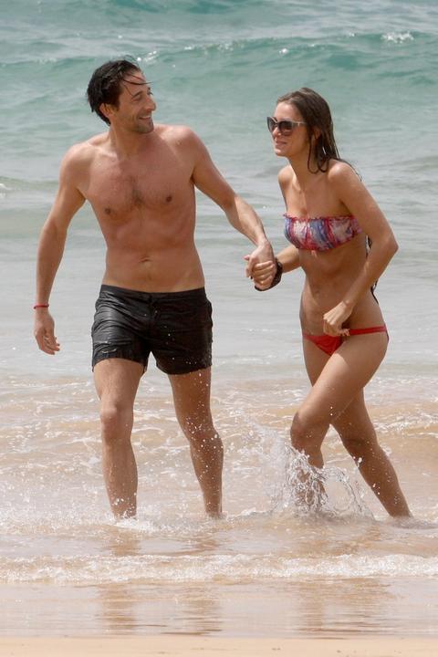 Adrien Brody z dziewcz... Adrien Brody