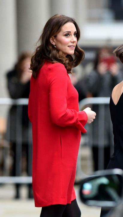 Teltebb és soványabb nőknek is jól állna ez a ruha.