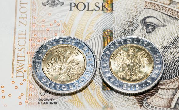 Ponad bilion do zwrotu. Nowe dane w sprawie zadłużenia Polski