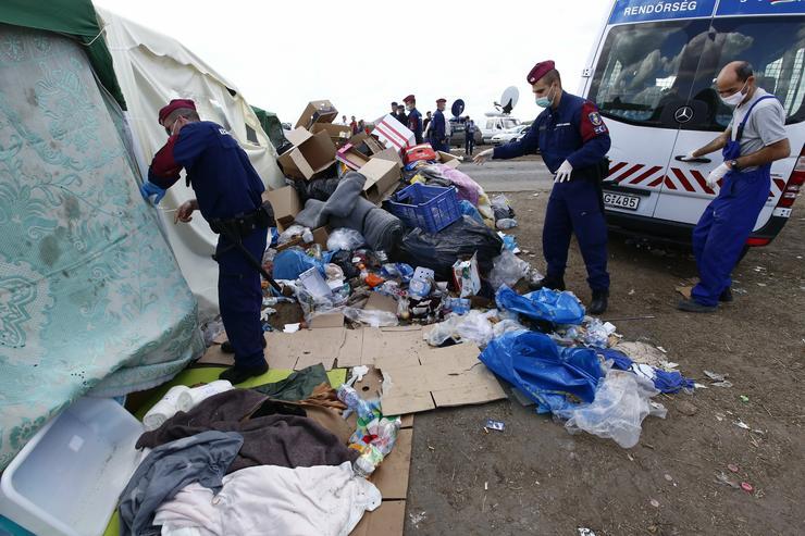 Több száz menekült tört ki Röszkénél