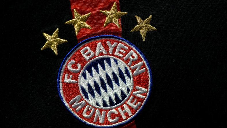 A legendás Bayern logoban látszanak a kezdeti csapat színei is /Fotó: AFP