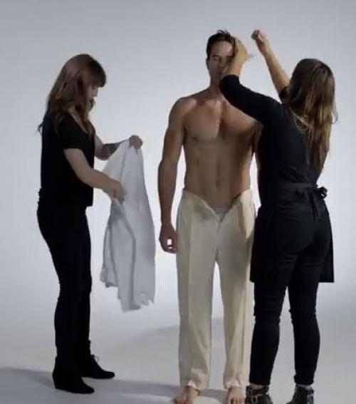 42d5fb7781 Így változott a pasik öltözködési szokása 100 év alatt! - Blikk.hu