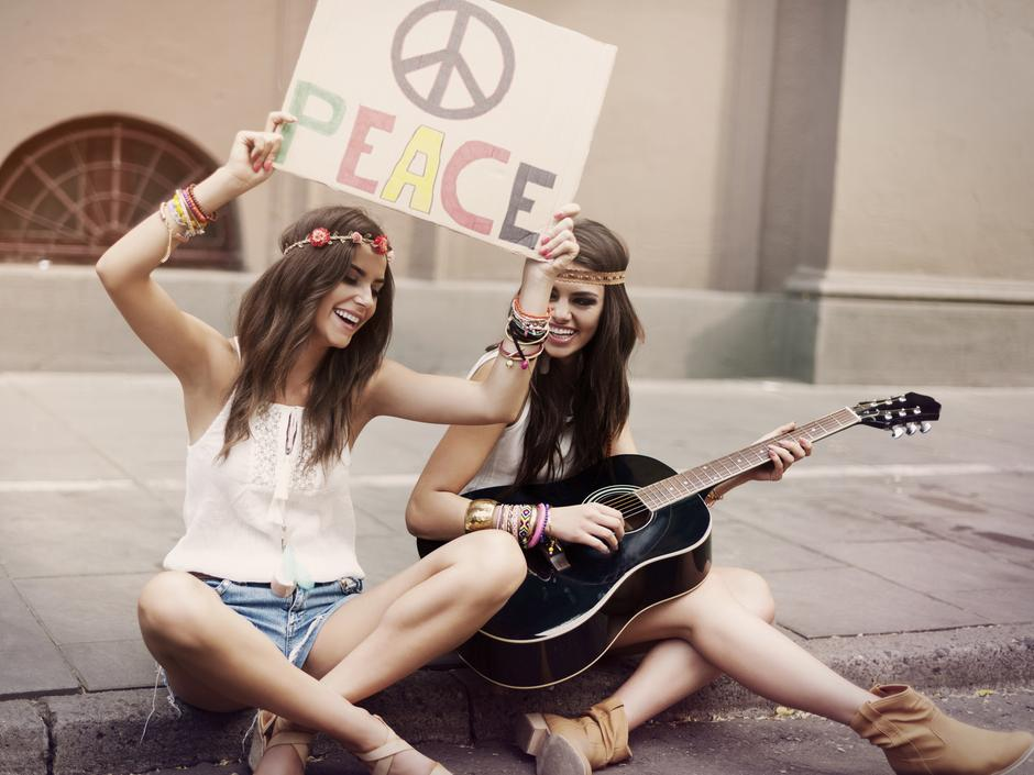 Fryzura w stylu hippie