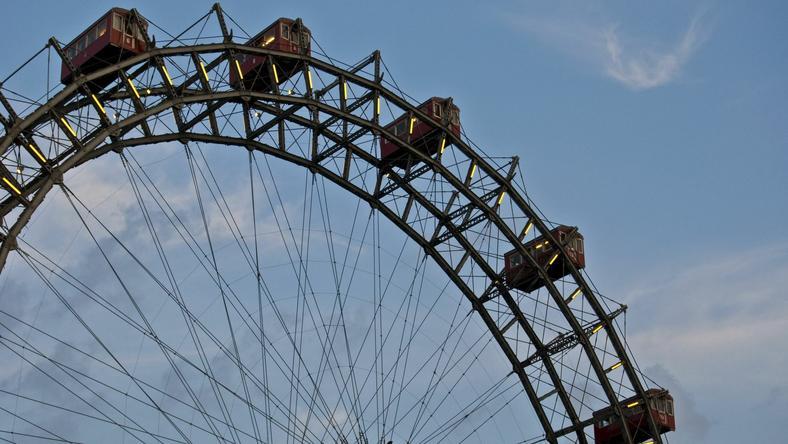 Bécs jelképe volt a villamosfülkékkel felszerelt kerék / Fotó: Northfoto