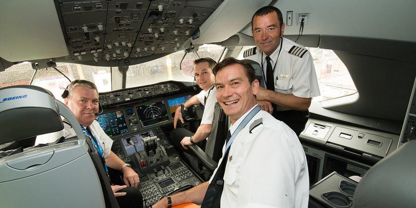 Załoga pokładowa boeinga 787 linii Jetstar Airways