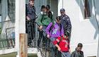 PREVARENI Migranti na Voždovcu žrtve organizovanih krijumčara