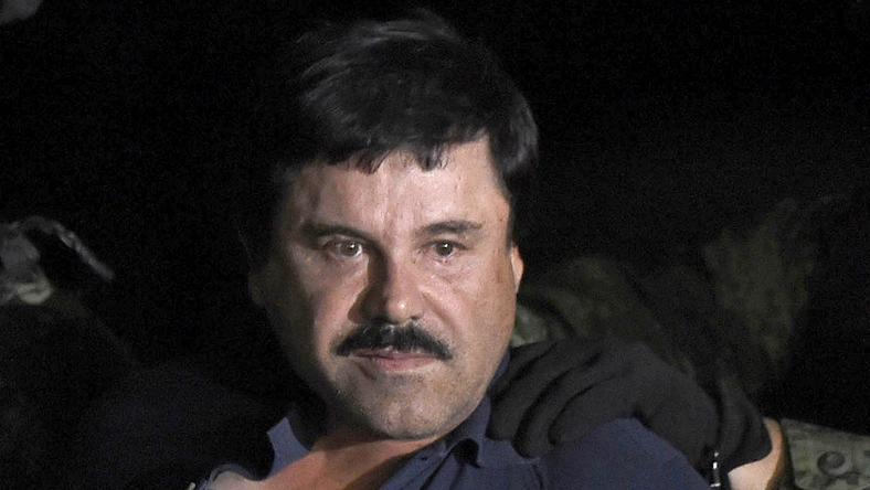 Hereprotézist kapott a El Chapo, mert nem áll föl neki / Foto:AFP
