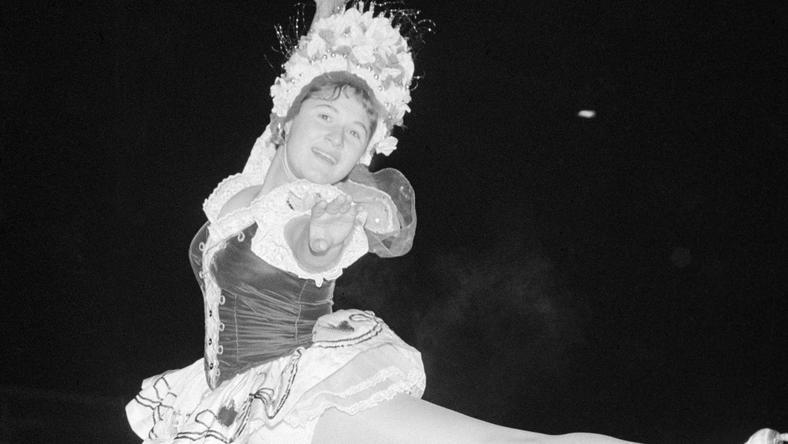 A hatvanas-hetvenes években sokan rajongtak a vb-bronzérmes műkorcsolyázónőért/ Fotó: MTI Kovács Gyula