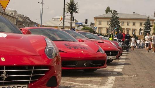 Najazd Ferrari na Warszawę