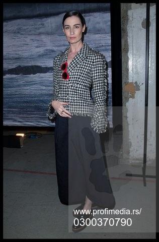 Erin Konor na reviji modne kuće Erdem