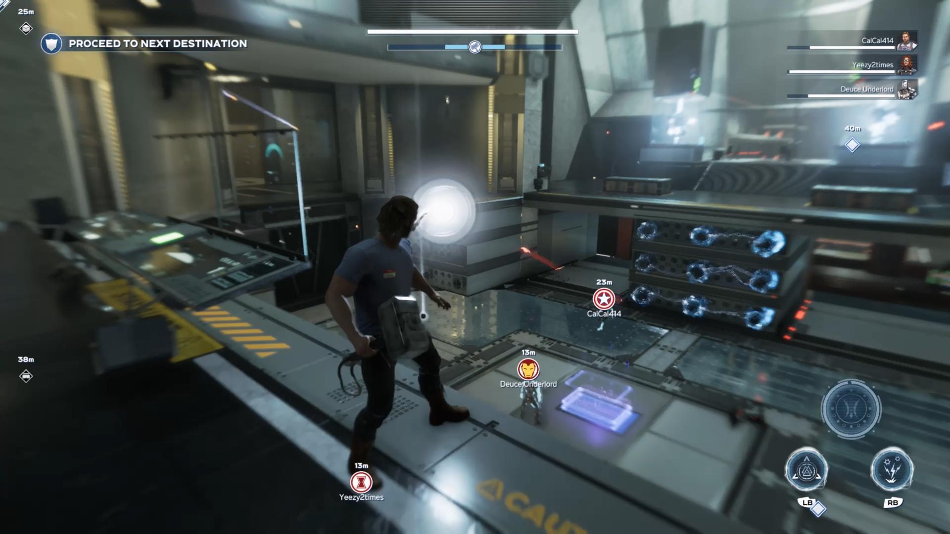 Režim pre viacerých hráčov je postavený na kooperácii s ďalšími hrdinami.