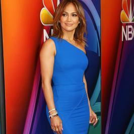 Piękna Jennifer Lopez na konferencji NBC