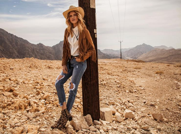 A cowboy-stílus kötelező kelléke a kalap / Fotó: Answear.hu