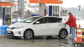 Diesel, benzyna czy hybryda - który napęd warto wybrać?