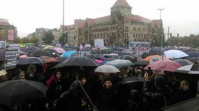 Poznań: Starcia policji z manifestującymi. Zatrzymano trzech protestujących