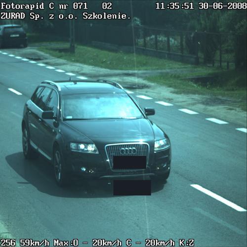 Zdjęcie z fotoradaru! Radzimy co robić gdy nie widać twarzy kierowcy