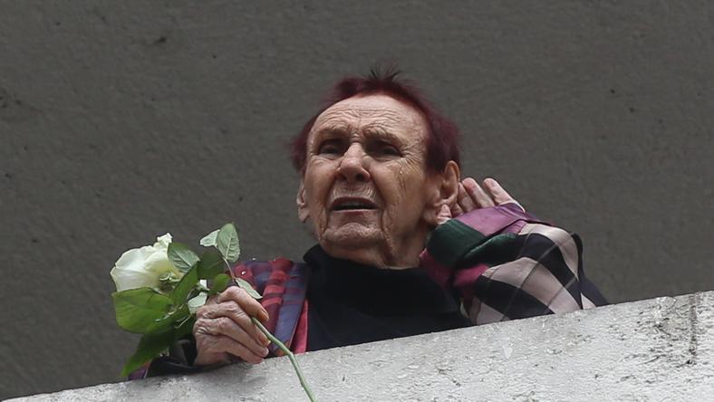 Áprilisban a születésnapján szerenádot adtak neki, amit az erkélyen hallgatott / Fotó: RAS Archívum