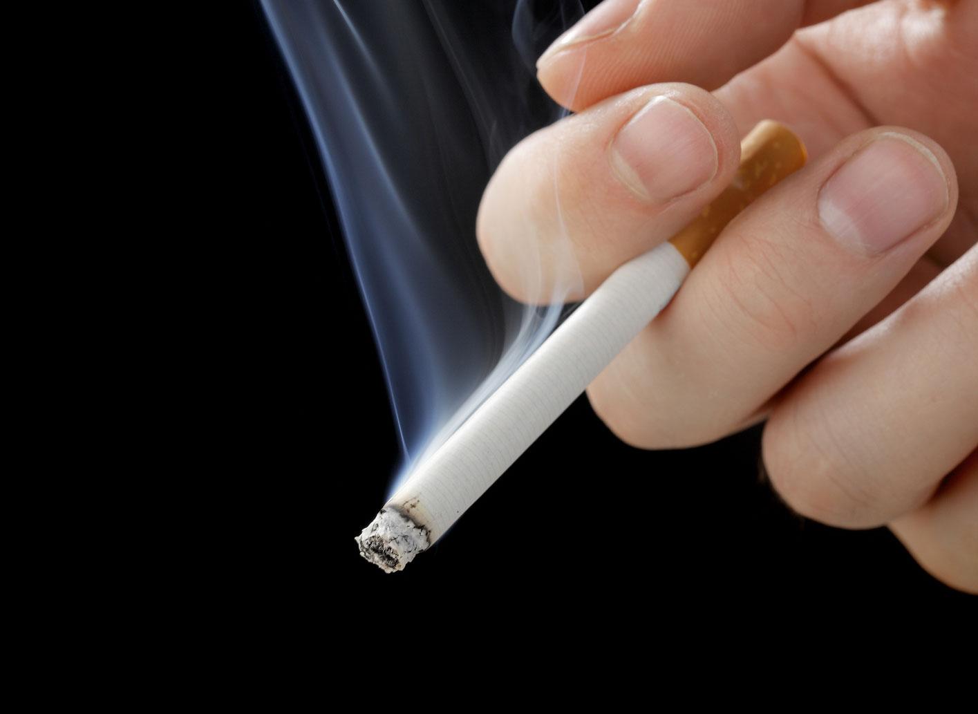 a cigaretták miatt lefogy)