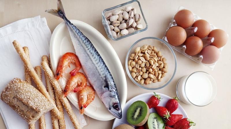 Najczęściej występują alergie na mleko, jaja, orzeszki ziemne, pozostałe orzechy, ryby, skorupiaki, soję i zboża