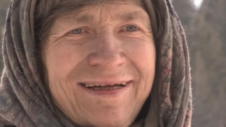 Agafja Likova maximum akkor hallott arról, hogy mi történik az általa nem ismert világban, amikor valaki meglátogatta őket /Fotó: YouTube