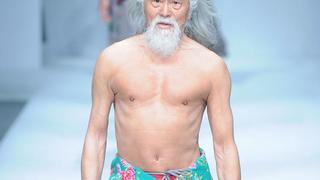 80-letni aktor z Chin gwiazdą wybiegu