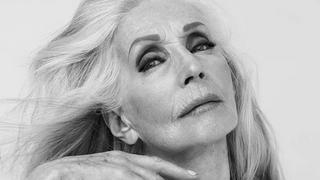 Zjawiskowa 81-letnia Helena Norowicz w reklamie perfum