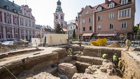 Kolejne odkrycia w ruinach starego kościoła Farnego na placu Kolegiackim w Poznaniu