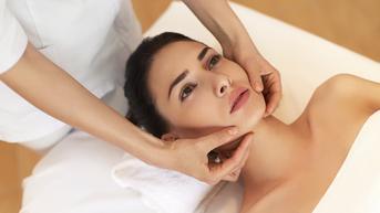 Poznaj tajniki masażu twarzy