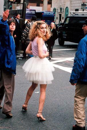 """Znamy cenę tiulowej spódnicy Carrie Bradshaw z Seksu w wielkim mieście"""""""