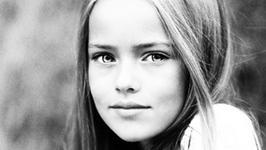 """Kristina Pimenova. 10 - latka okrzyknięta """"najpiękniejszą dziewczynką świata"""""""