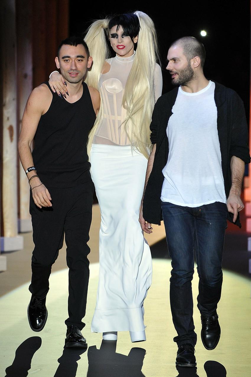 Nicola Formichetti, Lady Gaga i Sebastian Peigne/ fot. Getty Images