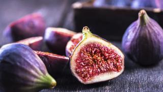 Dzięki tym sezonowym owocom będziesz piękniejsza