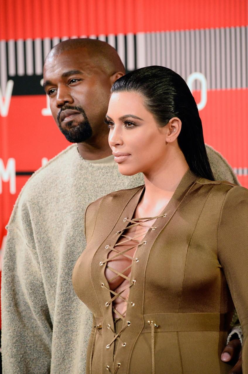 Kim Kardashian VMA 2015